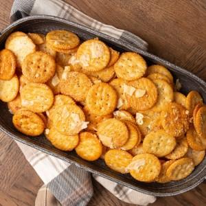 Buttery Ranch Ritz Crackers